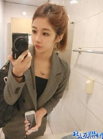 韩国可爱双胞胎美女